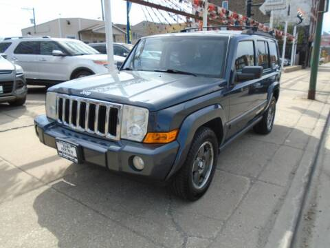 2007 Jeep Commander for sale at CAR CENTER INC in Chicago IL