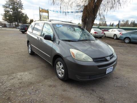 2004 Toyota Sienna for sale at VALLEY MOTORS in Kalispell MT