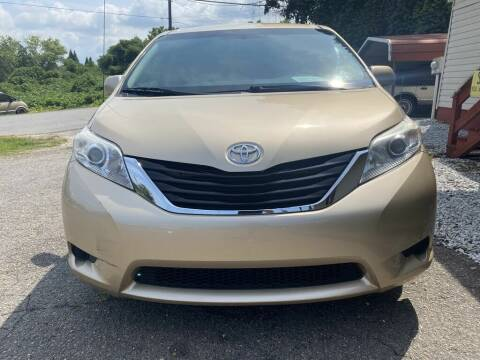 2011 Toyota Sienna for sale at Auto Legend Inc in Linden NJ