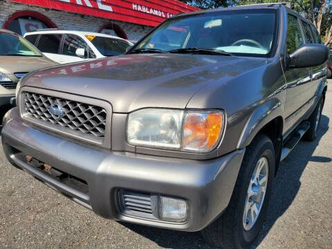 2001 Nissan Pathfinder for sale at Ace Auto Brokers in Charlotte NC