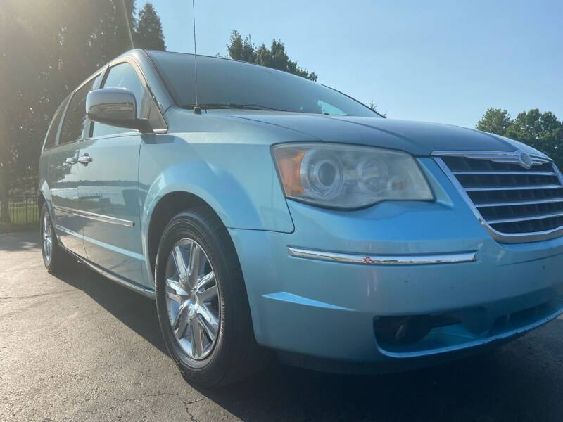2010 Chrysler Town and Country for sale at Nice Cars in Pleasant Hill MO