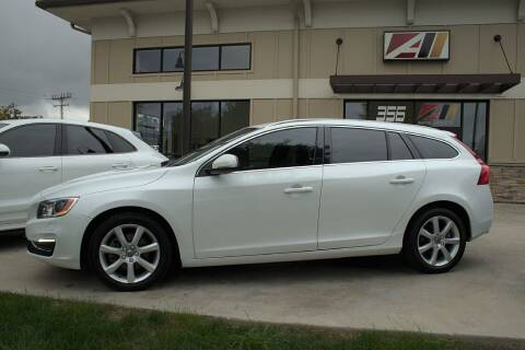 2017 Volvo V60 for sale at Auto Assets in Powell OH