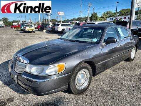 2001 Lincoln Town Car for sale at Kindle Auto Plaza in Cape May Court House NJ