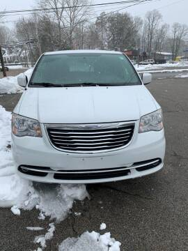 2014 Chrysler Town and Country for sale at Trust Petroleum in Rockland MA