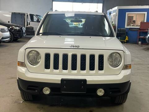 2014 Jeep Patriot for sale at Ricky Auto Sales in Houston TX