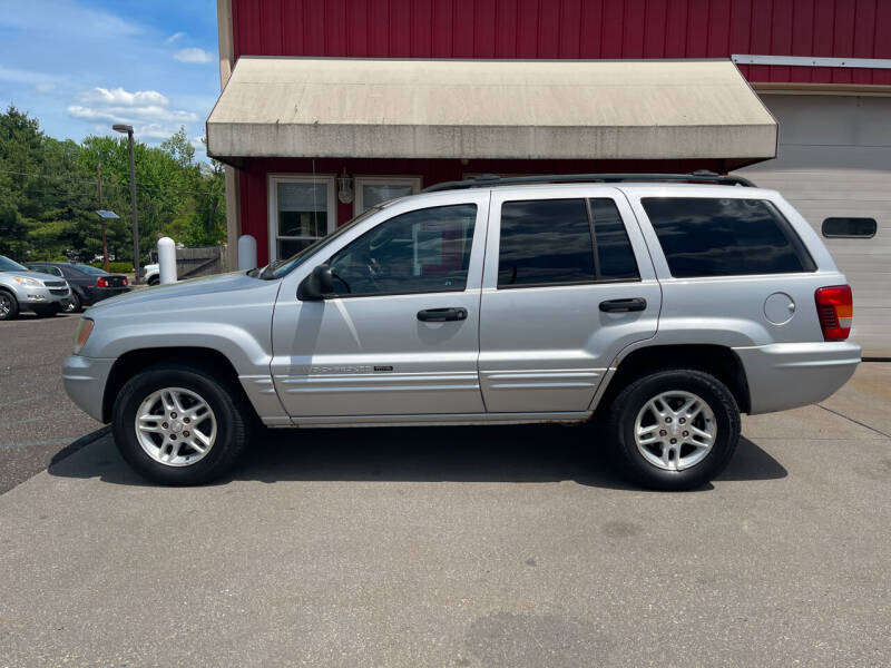2004 Jeep Grand Cherokee for sale at JWP Auto Sales,LLC in Maple Shade NJ