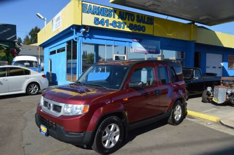 2011 Honda Element for sale at Earnest Auto Sales in Roseburg OR