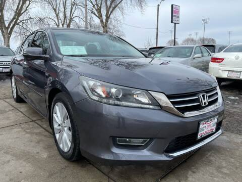 2013 Honda Accord for sale at Direct Auto Sales in Milwaukee WI