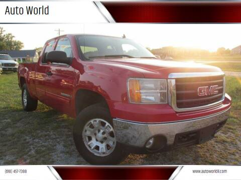 2007 GMC Sierra 1500 for sale at Auto World in Carbondale IL