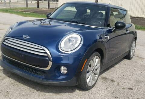 2014 MINI Hardtop for sale at EADO AUTOMOTIVE, LLC in Houston TX