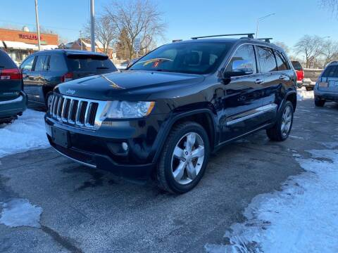 2013 Jeep Grand Cherokee for sale at AUTOSAVIN in Elmhurst IL