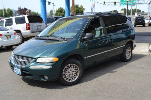 1998 Chrysler Town and Country for sale at Earnest Auto Sales in Roseburg OR