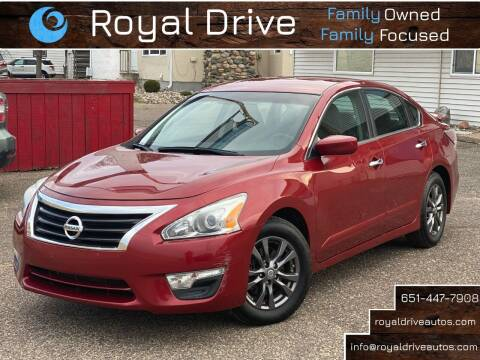 2015 Nissan Altima for sale at Royal Drive in Newport MN