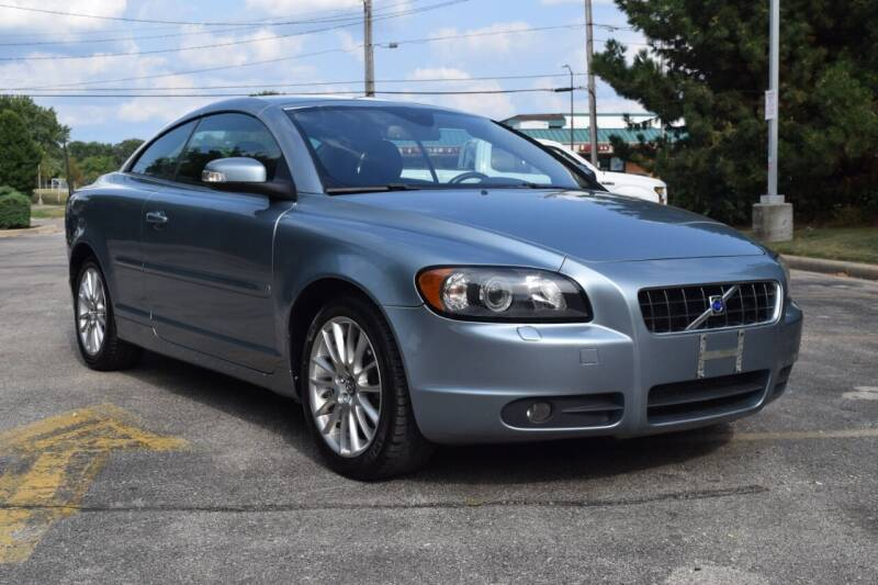 2009 Volvo C70 for sale at NEW 2 YOU AUTO SALES LLC in Waukesha WI