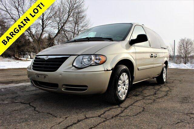 2006 Chrysler Town and Country for sale at St. Croix Classics in Lakeland MN