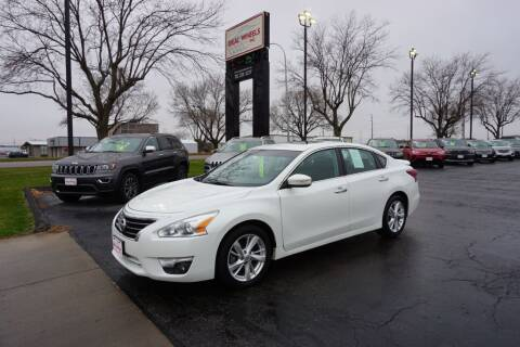 2013 Nissan Altima for sale at Ideal Wheels in Sioux City IA