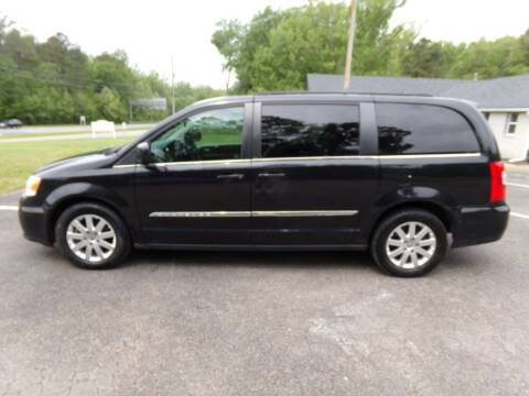 2013 Chrysler Town and Country for sale at West End Auto Sales LLC in Richmond VA