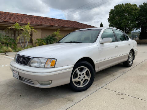 1998 Toyota Avalon for sale at Auto Hub, Inc. in Anaheim CA