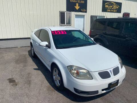 2009 Pontiac G5 for sale at BELOW BOOK AUTO SALES in Idaho Falls ID