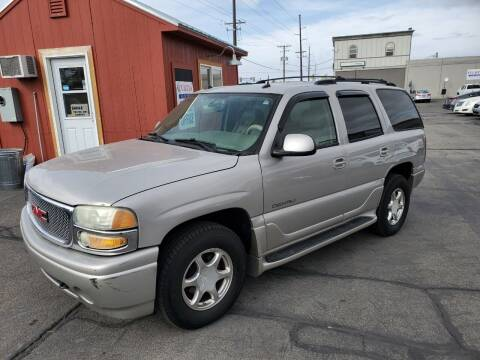 2004 GMC Yukon for sale at Curtis Auto Sales LLC in Orem UT