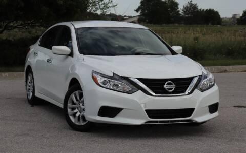 2016 Nissan Altima for sale at Big O Auto LLC in Omaha NE