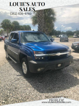 2003 Chevrolet Avalanche for sale at Louie's Auto Sales in Leesburg FL