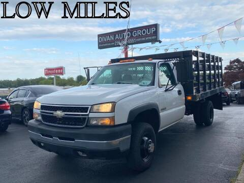 2007 Chevrolet Silverado 3500 CC Classic for sale at Divan Auto Group in Feasterville PA