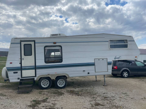 1992 HORNET 5TH WHEEL for sale at B & B Sales 1 in Decorah IA
