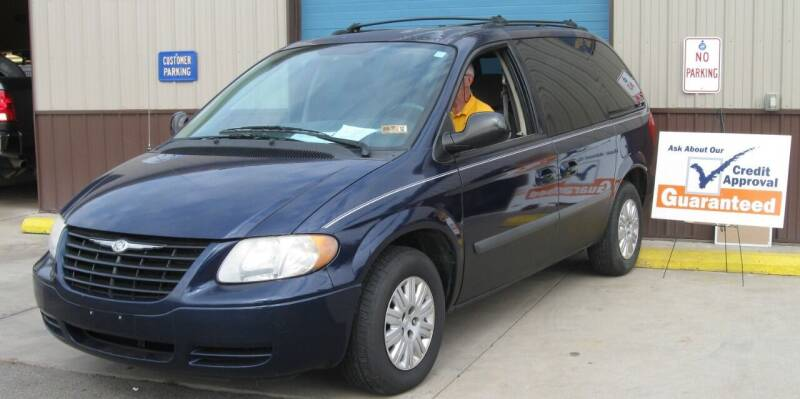 2006 Chrysler Town and Country for sale at Mountain State Preowned Auto Sales LLC in Martinsburg WV