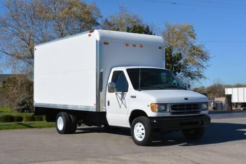 2000 Ford E-350 for sale at Signature Truck Center - Box Trucks in Crystal Lake IL