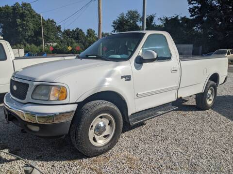 2001 Ford F-150 for sale at AUTO PROS SALES AND SERVICE in Belleville IL