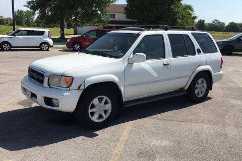 2001 Nissan Pathfinder for sale at WEINLE MOTORSPORTS in Cleves OH