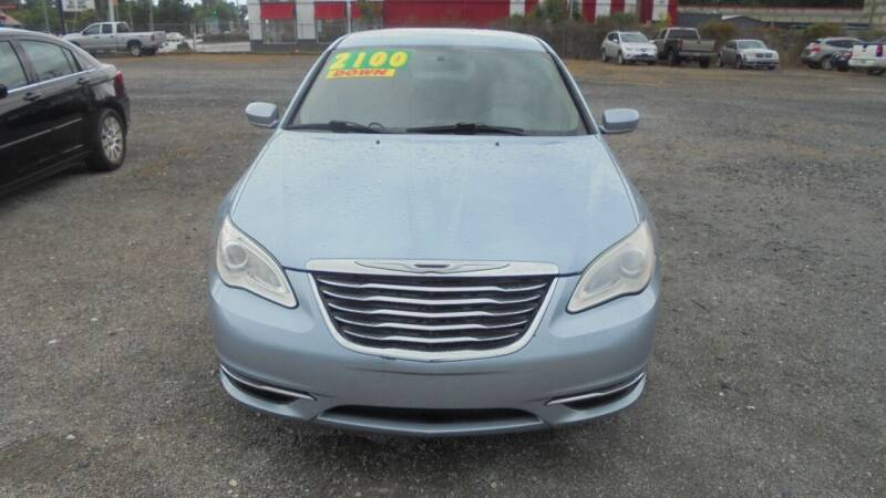 2013 Chrysler 200 for sale at Auto Mart - Moncks Corner in Moncks Corner SC