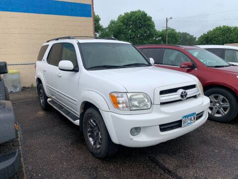 2006 Toyota Sequoia for sale at BEAR CREEK AUTO SALES in Rochester MN