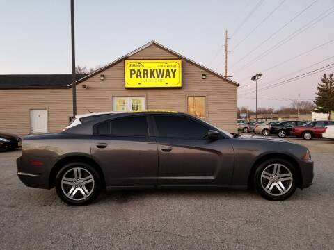 2014 Dodge Charger for sale at Parkway Motors in Springfield IL