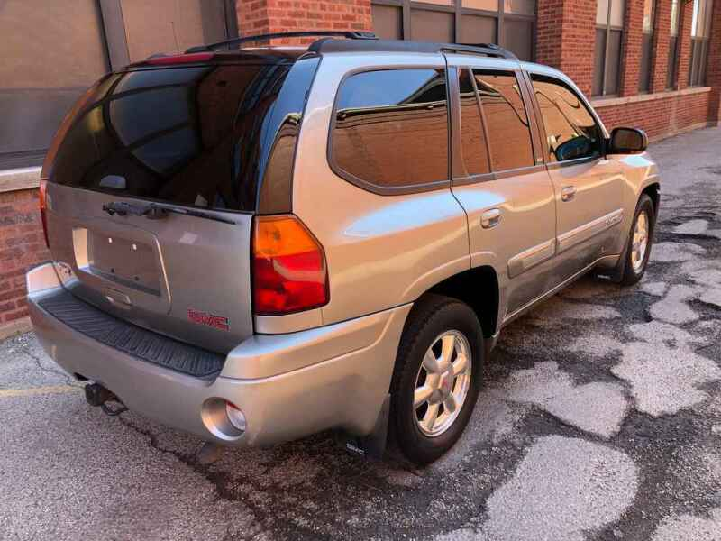 2002 GMC Envoy for sale at QUALITY AUTO SALES INC in Chicago IL