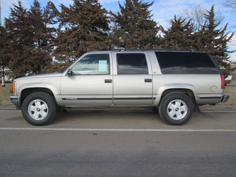 1999 GMC Suburban for sale at Joe's Motor Company in Hazard NE
