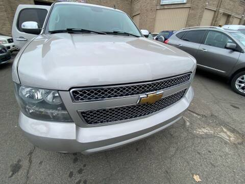 2007 Chevrolet Tahoe for sale at AR's Used Car Sales LLC in Danbury CT