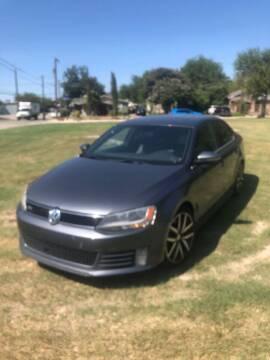 2014 Volkswagen Jetta for sale at Carzready in San Antonio TX