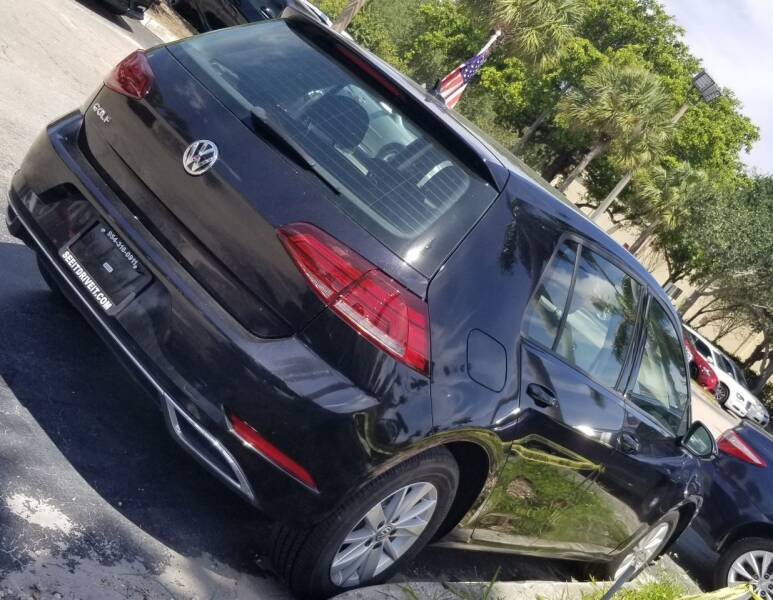 2019 Volkswagen Golf for sale at ROYALTON MOTORS in Plantation FL