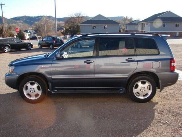 2004 Toyota Highlander for sale at Bennett's Motorsports in Hot Springs SD