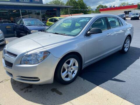 2011 Chevrolet Malibu for sale at Wise Investments Auto Sales in Sellersburg IN