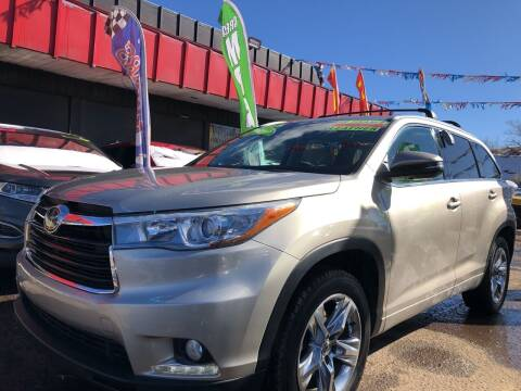 2014 Toyota Highlander for sale at Duke City Auto LLC in Gallup NM
