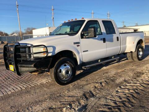2006 Ford F-350 Super Duty for sale at El Tucanazo Auto Sales in Grand Island NE