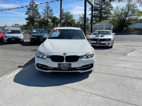 2016 BMW 3 Series for sale at Velascos Used Car Sales in Hermiston OR