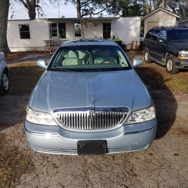 2006 Lincoln Town Car for sale at Webb's Automotive Inc 11 in Morehead City NC