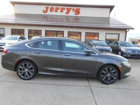 2015 Chrysler 200 for sale at Jerry's Auto Mart in Uhrichsville OH