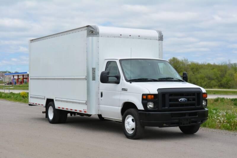 2016 Ford E-350 for sale at Signature Truck Center - Box Trucks in Crystal Lake IL