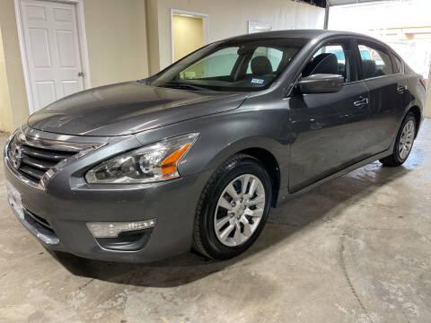 2014 Nissan Altima for sale at Safe Trip Auto Sales in Dallas TX