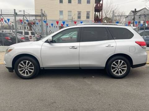 2013 Nissan Pathfinder for sale at G1 Auto Sales in Paterson NJ